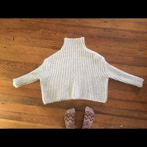 Zara knit turtleneck crop sweater white